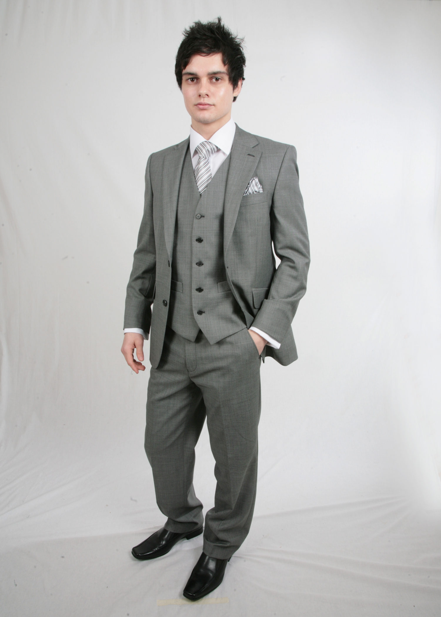 grey scott suit with waistcoat tom murphy 39 s formal and menswear. Black Bedroom Furniture Sets. Home Design Ideas