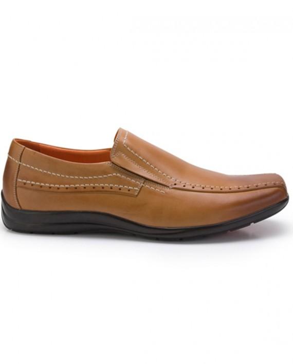 PEBBLE Tan Shoes