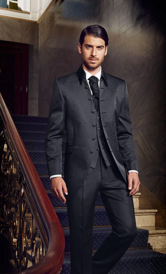 Prestige 2016 Elegant black 3 piece suit