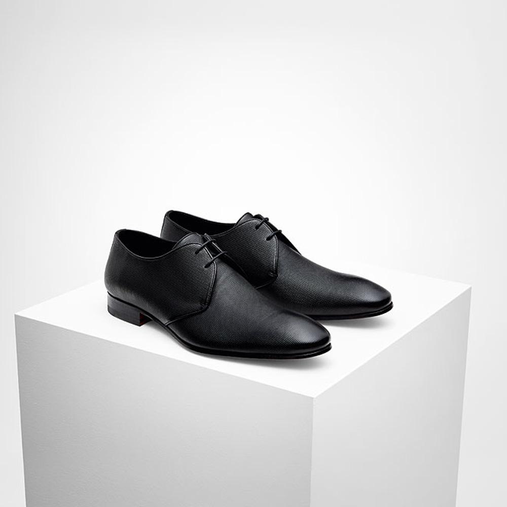 Black-textured-shoe-Wilvorst_2016_448315-10_Model-0291