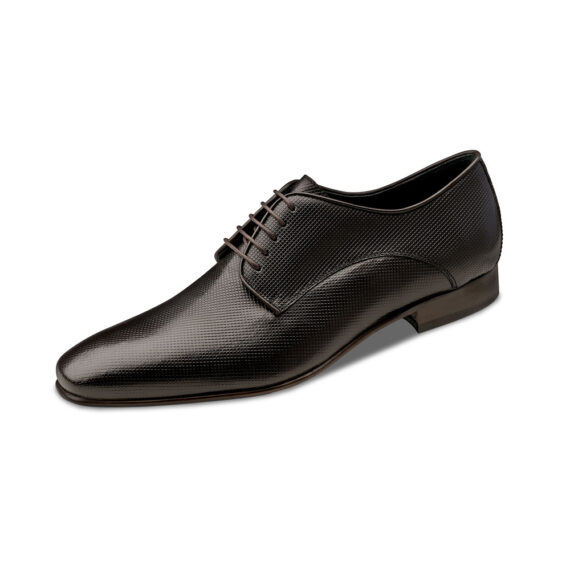 Brown textured shoe Wilvorst 2016_448313_60_Model-0258