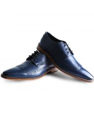 Blue-shoe-by-Goodwin-Smith-1R0A8263