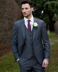 Hogan-Grey-Benetti-suit2