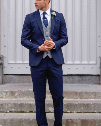 James Navy Hackett 3 Piece Suit