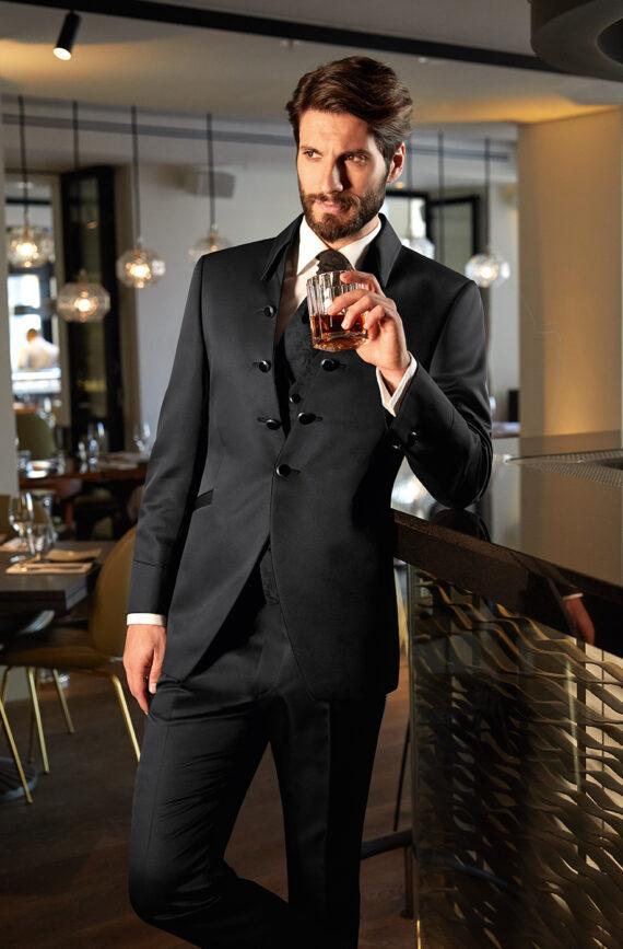 Black Elegant 3 Piece Wedding Suit