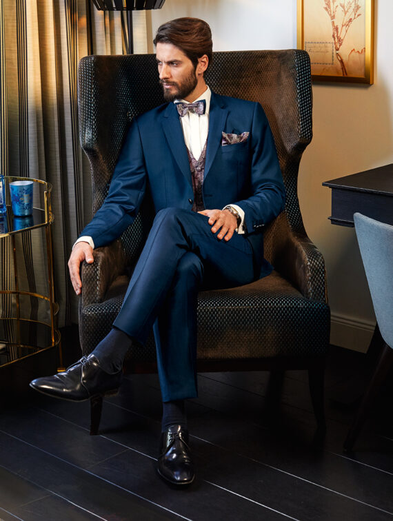 Elegant Blue 3 Piece Wedding Suit